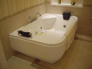 Ванна акриловая Gemy G9085K 180x116x69